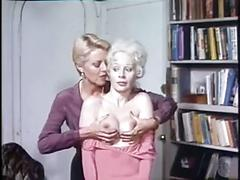 Very hot retro lesbo scene ended in a foursome
